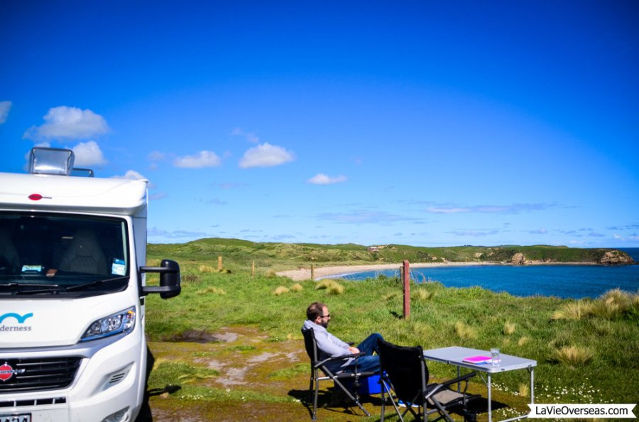 new zealand, south island, freedom camping, catlins national park, fortrose cliffs